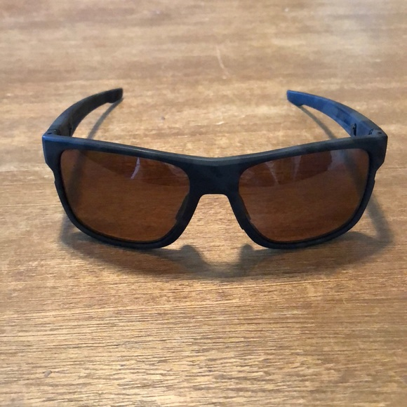 0229d8ce98 Men s Oakley Crossrange XL Polarized Sunglasses. M 5ba2531404e33d3a03528e14
